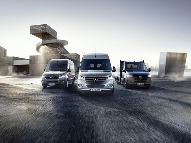 https://quadis.s3.amazonaws.com/GestorQuadis/Novedades/Mercedes-Benz%20Industriales_Sprinter_68912/Mercedes-Benz-Sprinter-1.jpg