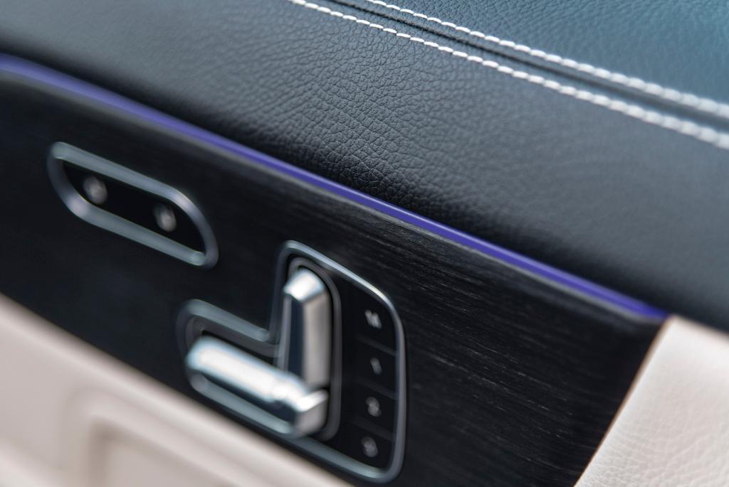 MERCEDES-BENZ GLA 250 e híbrido