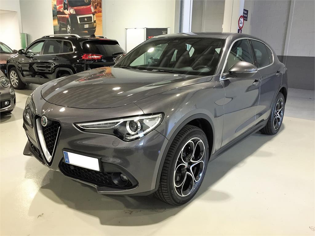 Alfa Romeo STELVIO 2.2 Diésel 154kW (210CV) Executive Q4