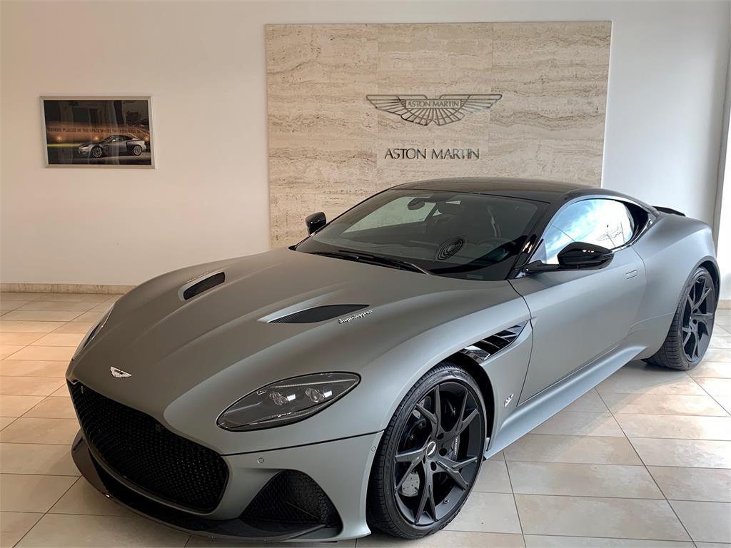 Aston Martin DBS Superleggera V12