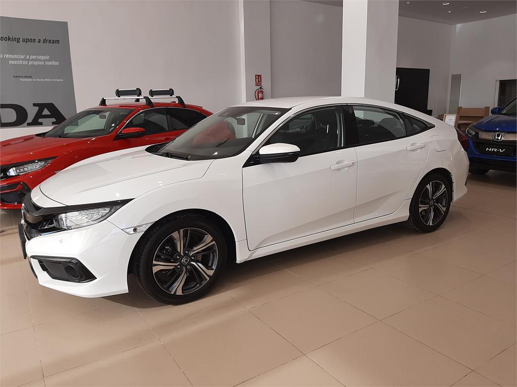Honda Civic 1.5 I-VTEC TURBO ELEGANCE NAV