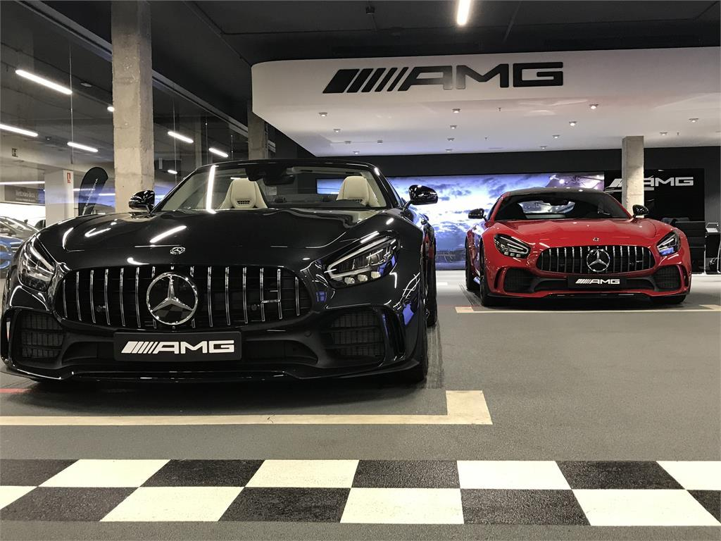 Mercedes-Benz AMG GT Roadster R