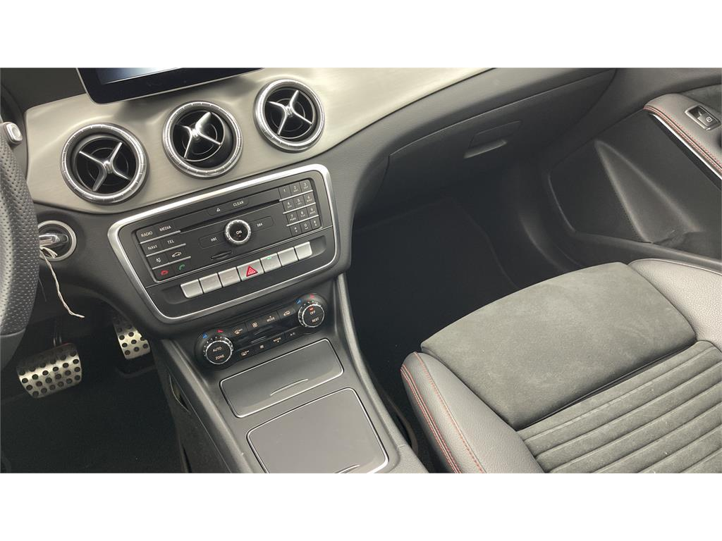 CLA 200 d COUPE AMG-5081943
