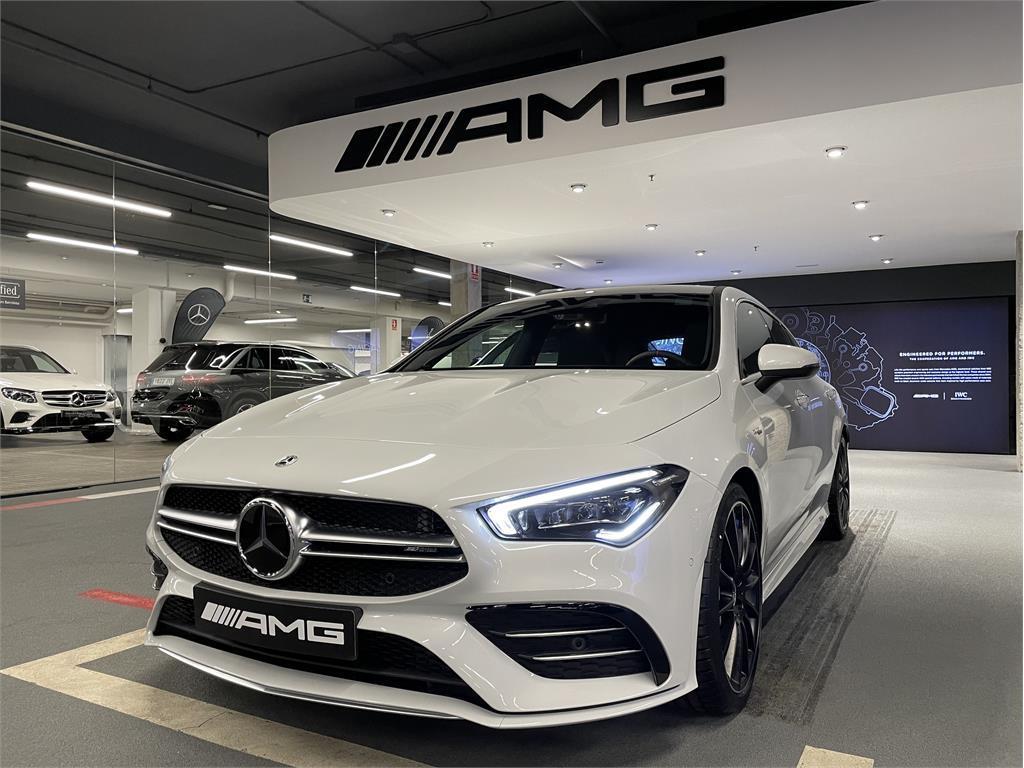 CLA Mercedes-AMG 35 4MATIC+ Shooting Bra-5149353