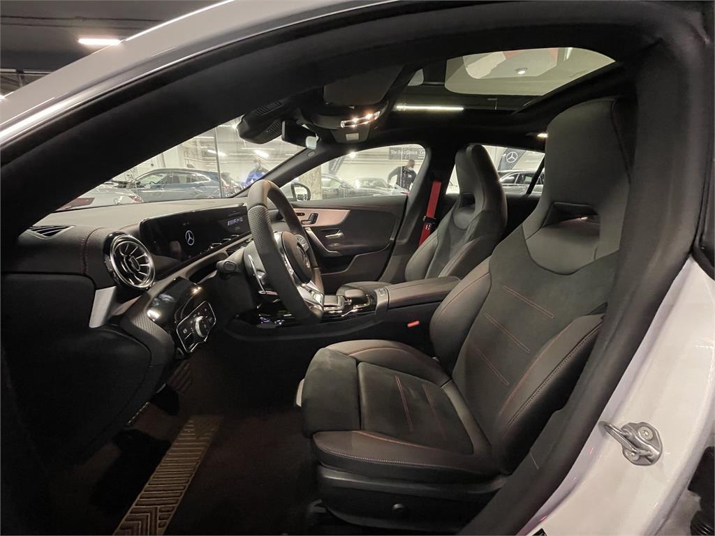 CLA Mercedes-AMG 35 4MATIC+ Shooting Bra-5149356