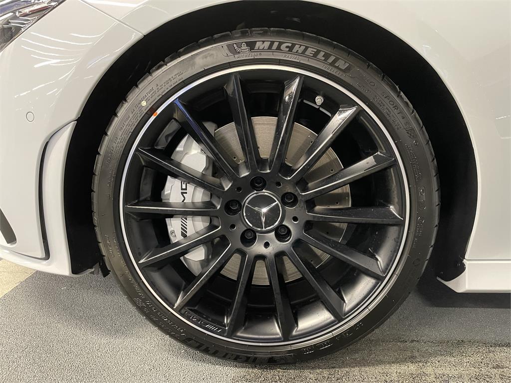 CLA Mercedes-AMG 35 4MATIC+ Shooting Bra-5149346