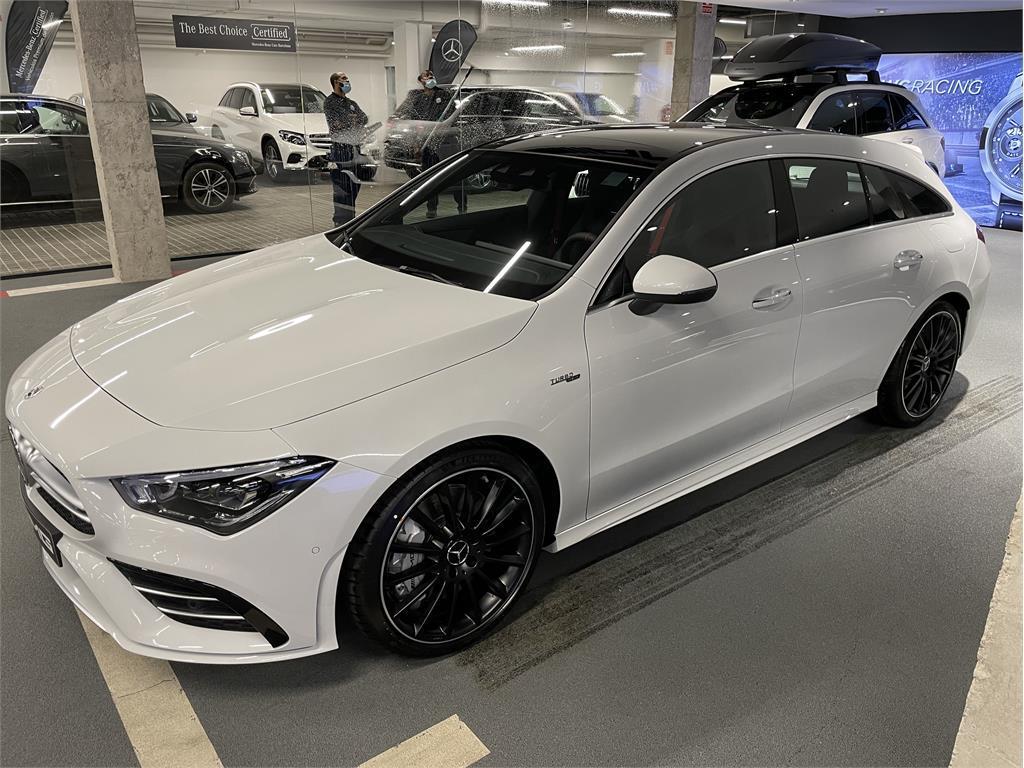 CLA Mercedes-AMG 35 4MATIC+ Shooting Bra-5149344