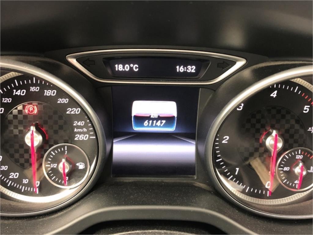 Mercedes-Benz Clase A 180 d AMG Line