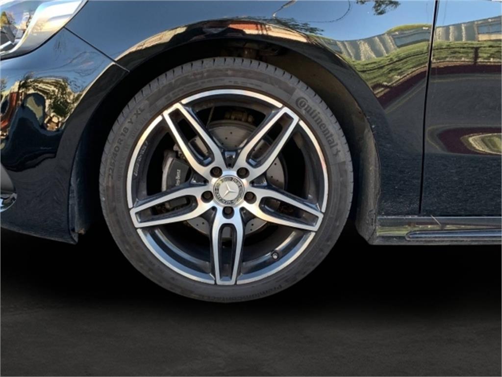 Mercedes-Benz Clase A 200 d AMG Line