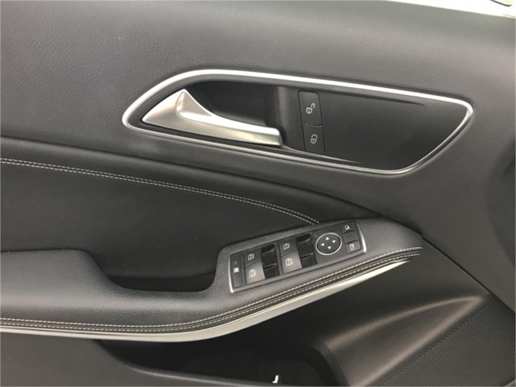 Mercedes-Benz Clase A 200 d Urban
