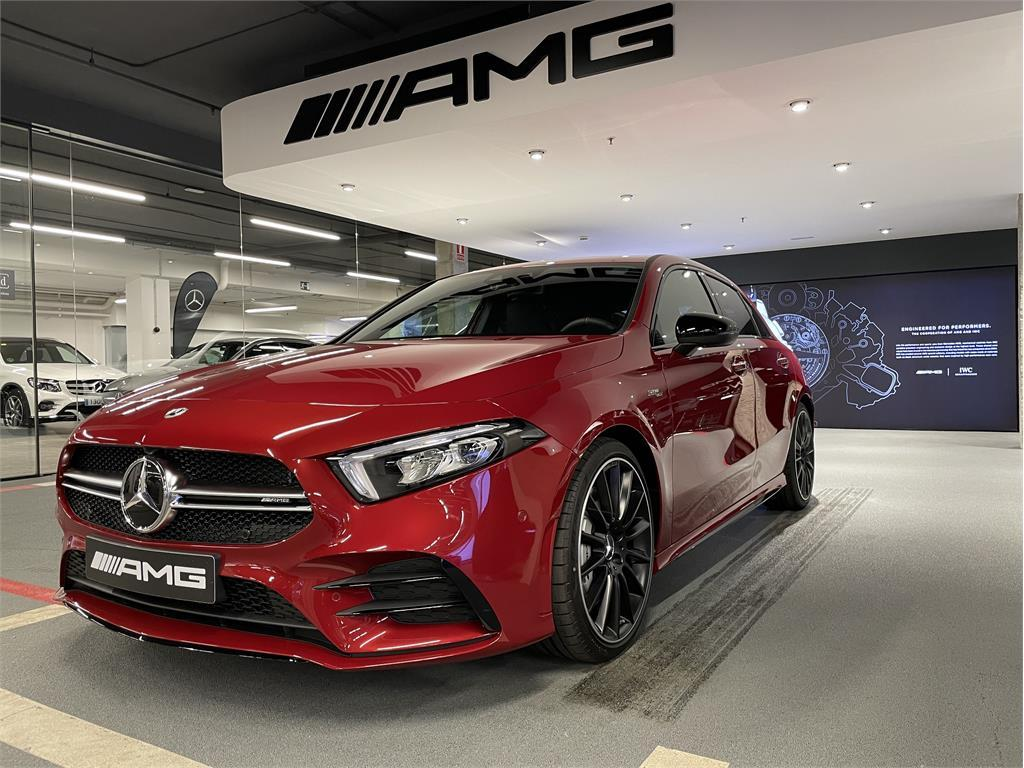 Mercedes-AMG A 35 4MATIC+-5425404