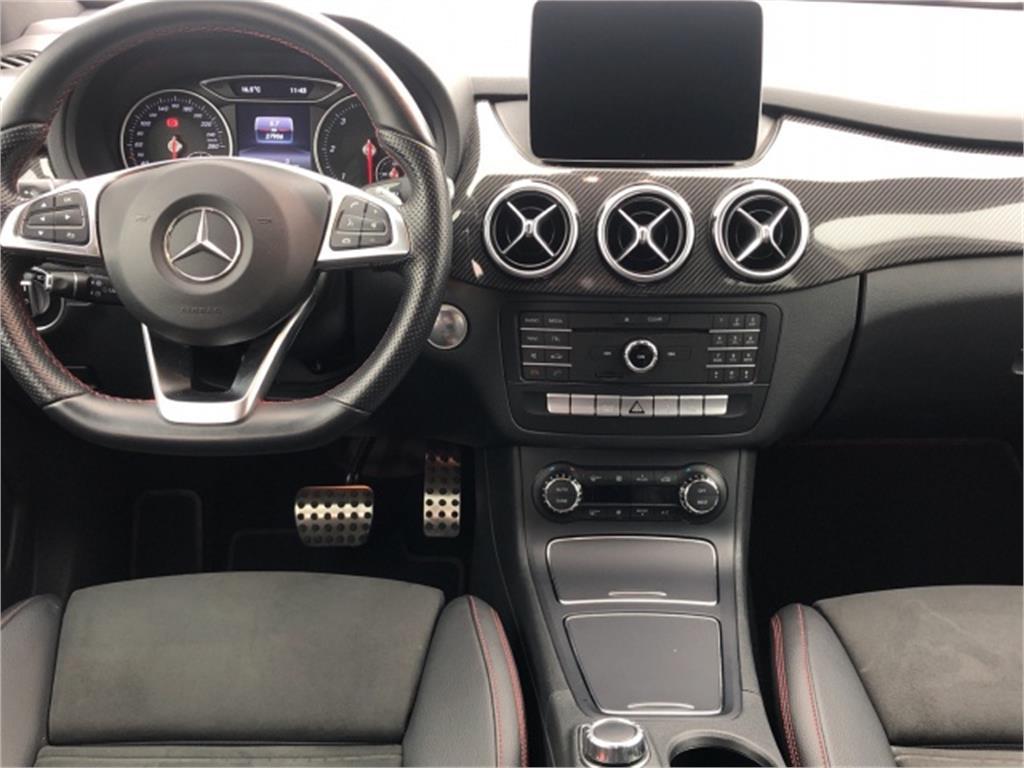 Mercedes-Benz Clase B 200 d AMG Line