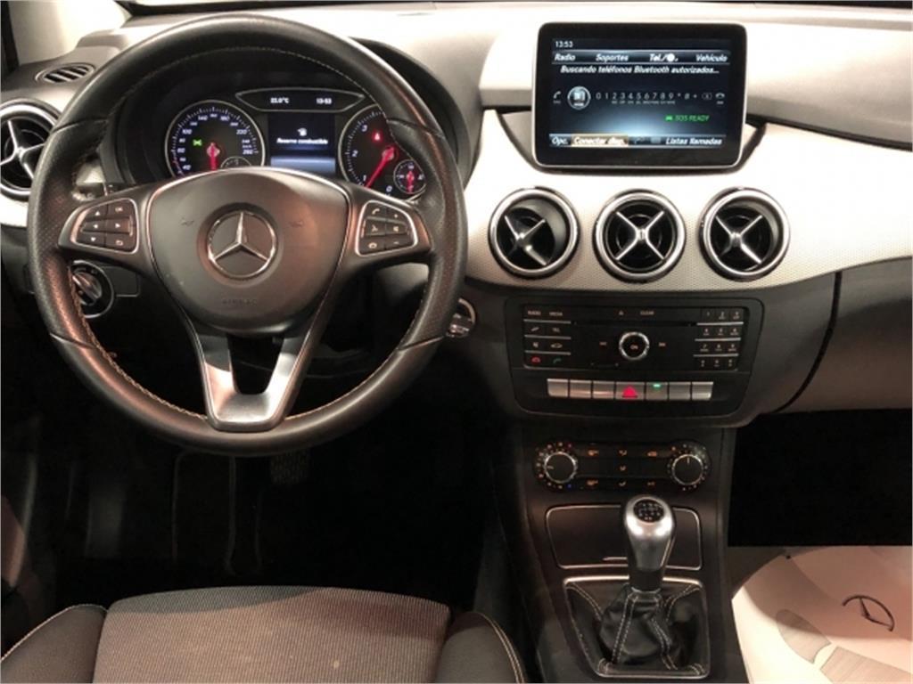 Mercedes-Benz Clase B 200 d Urban
