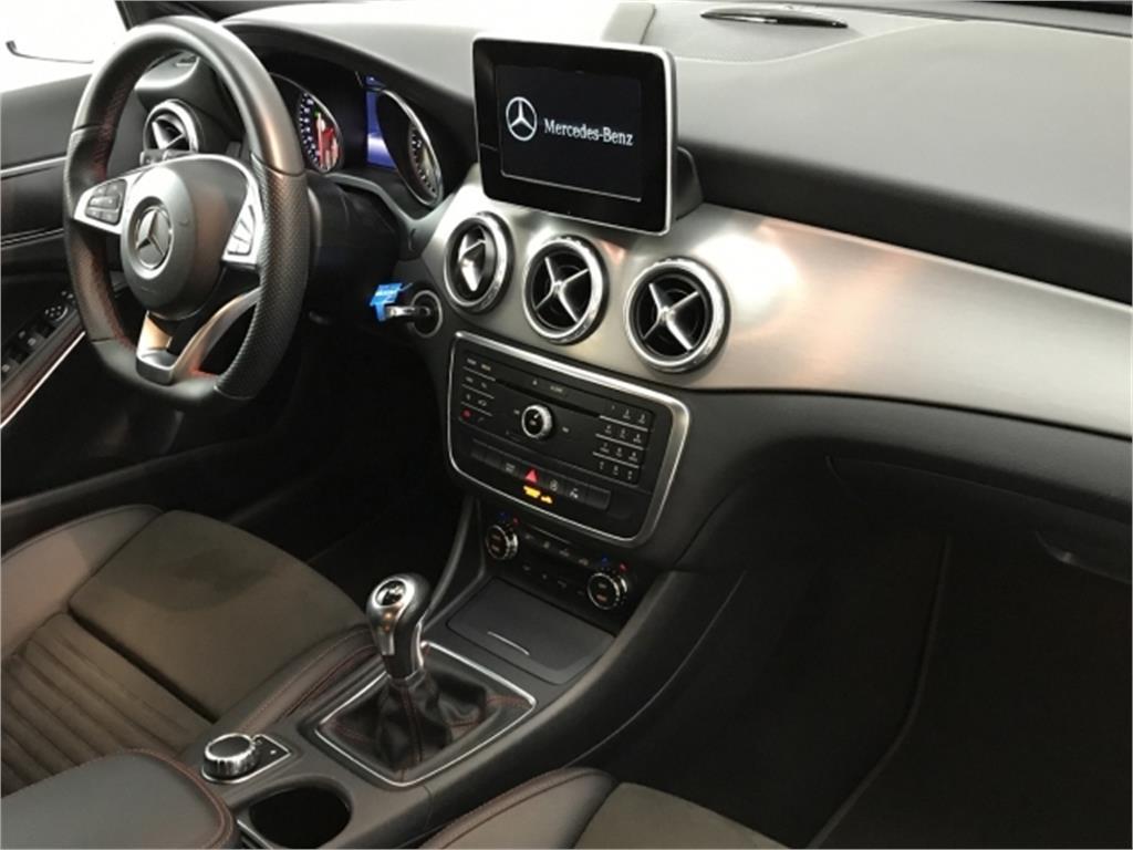 Mercedes-Benz GLA GLA 200 d AMG Line