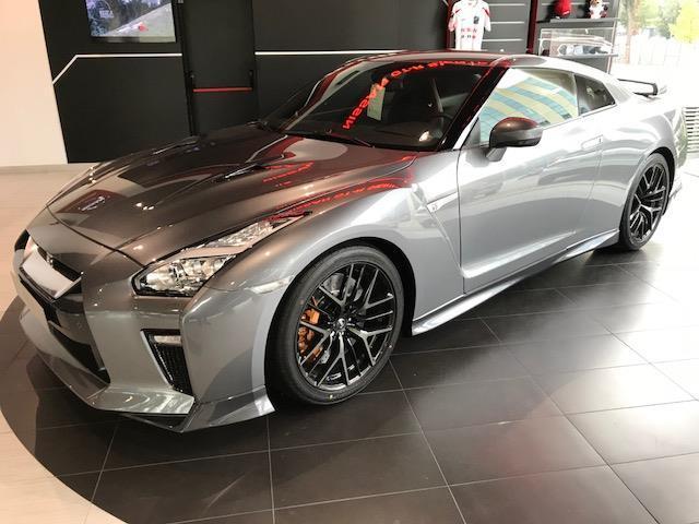 Nissan GT-R 3.8 V6 570 Black Edition