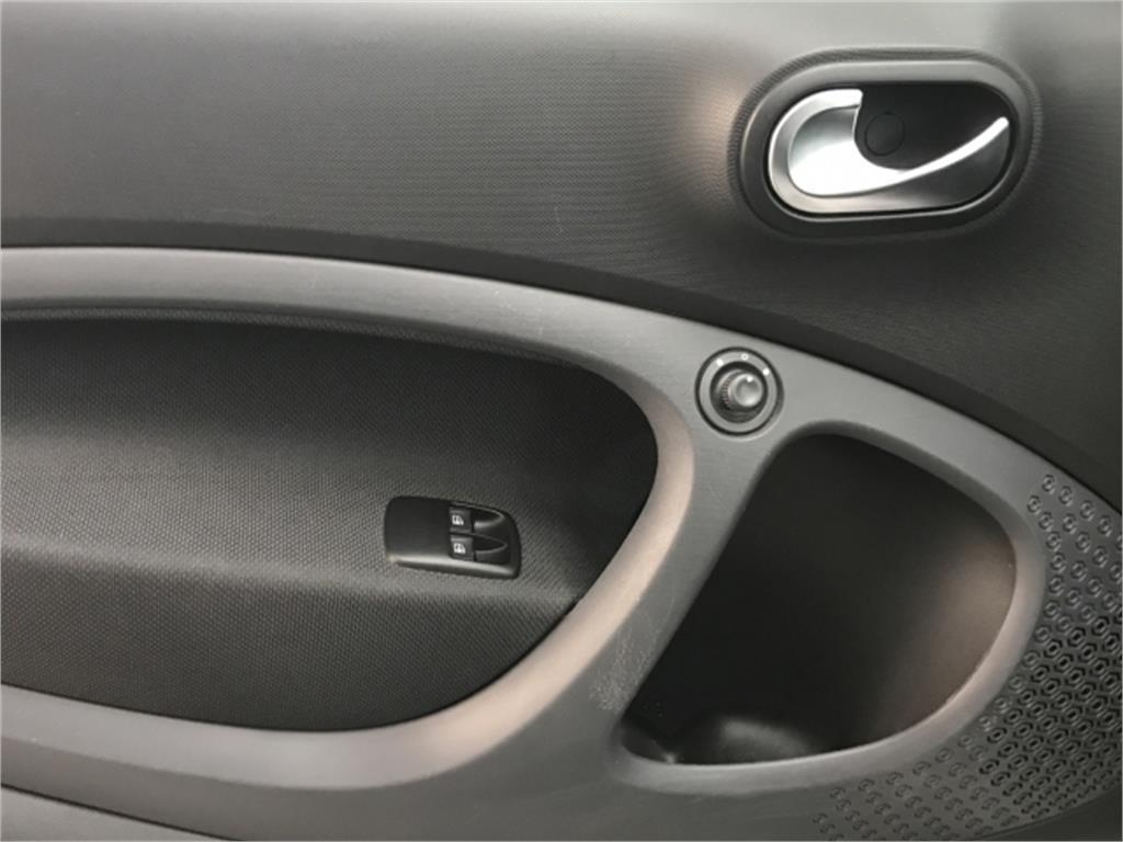 smart fortwo 0.9 66kw (90cv) s/s passion cabrio