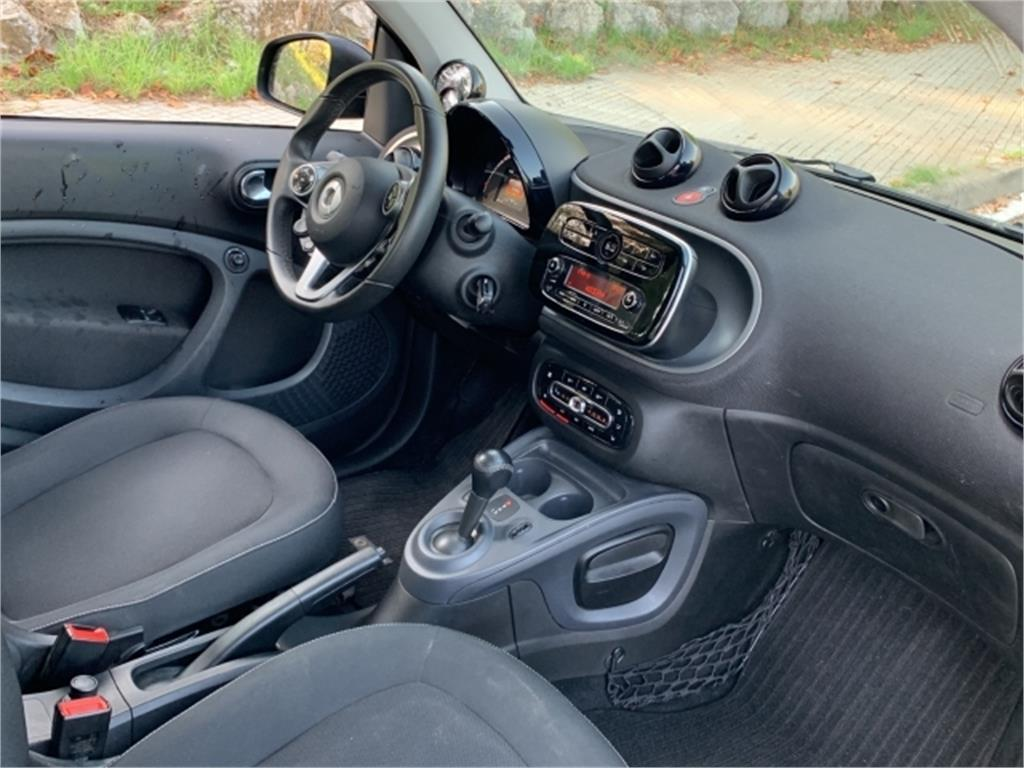 smart fortwo coupé 52